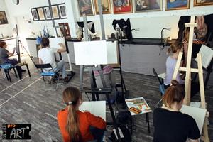 """Так проходят уроки рисования в художественной студии """"ПроАрт"""""""